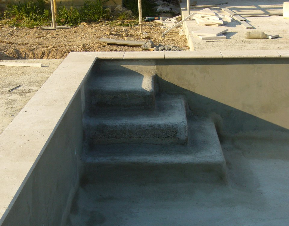 BUILDING THE SWIMMINGPOOL BY THE CONSTRUCTOR.